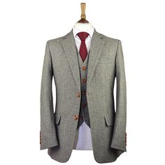 Made from our tweed wool & finished with a classic modern slim fit, this Army Green Herringbone Striped Tweed Suit is perfect for the Modern Gent Mens Tweed Suit, Grey Suit Men, Tweed Suits, Mens Suits, Tweed Wedding Suits, Wedding Attire, Mens Attire, Tweed Fabric, Army Green