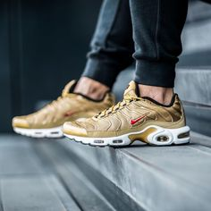 cea537637a 17 best Nike Air Max Plus TN images | Nike air max plus, Lifestyle ...