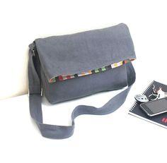 good design. good pockets. knitting project bag to match?