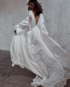 Luna Bea Bride silk wedding dress - Wild At Heart Bridal Boho Wedding, Wedding Gowns, Dream Wedding, Rustic Wedding, Wedding Lingerie, Destination Wedding, Wedding Hijab, Wedding Summer, Bouquet Wedding