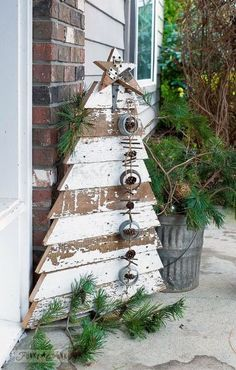 christmas decoration woodworking diy tree porch, christmas decorations, diy, porches, woodworking projects