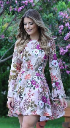 54 spring dresses you will want to keep women fashion trends Cute Dresses, Casual Dresses, Short Dresses, Fashion Dresses, Tunic Dresses, Girl Fashion, Womens Fashion, Fashion Trends, Paris Fashion