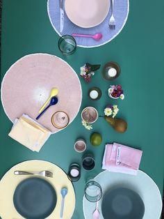 Viele schöne Sachen für einen frühlingshaften Tisch bei uns auf dem Webshop. Shops, Palm Beach Sandals, Fashion, Nice Things, Table, Nice Asses, Moda, Tents, Fashion Styles