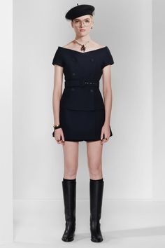Christian Dior Pre-Fall 2020 Fashion Show - Vogue Dior Fashion, Fashion 2020, Runway Fashion, 1950s Fashion, Ladies Fashion, Vintage Fashion, Fashion Trends, Christian Dior, Tadashi Shoji