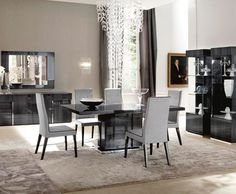 Mondiana Dining Table