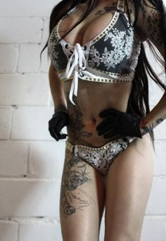 Image of TOXIC VISION Mania lace bustier