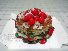 Mini-Naked-Cake