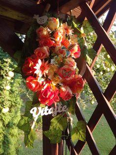 Christmas Wreaths, Floral Wreath, Holiday Decor, Home Decor, Floral Crown, Decoration Home, Room Decor, Home Interior Design, Flower Crowns