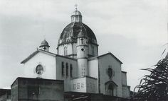 Esta era la antigua iglesia de San Cayetano, ya no existe, pues se destruyó en un terremoto si no estoy equivocado.