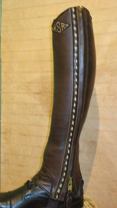 custom half chaps by Tenney's, bad-a*s! Christmas list item for sure
