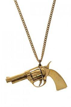 Monserat De Lucca  Gun Kolye