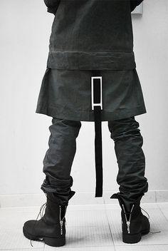 Buckles + zips