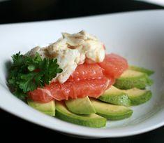 Crab, grapefruit & avocado salad: different combination