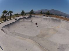 Fillmore Skatepark (California, USA) #skatepark #skate #skateboarding #skatinit #skateparkreview