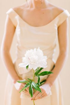 single flower bouquet // photo by The Photography of Haley Sheffield, styling by Juli Vaughn Designs // view more: http://ruffledblog.com/idyllic-floral-wedding-inspiration