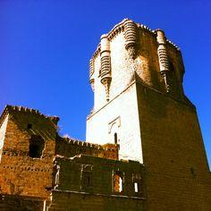 Castillo en la sierra Morena en Andalucía