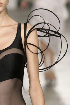 Wispy Sleeve - sculptural fashion details