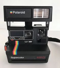 Camera Polaroid - Ideas That Produce Nice Photos Regardless Of Your Abilities! Film Polaroid, Polaroid Camera Instax, Vintage Polaroid Camera, Polaroid Photos, Vintage Cameras, Instax Mini 8, Camera Frame, Photography Camera, Retro Aesthetic