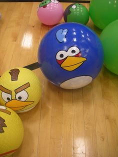 We were in charge of our 2 ward combined YW/YM activity this week. We decided to do Angry Birds Live! We painted balls, took lots of boxe. Young Women Activities, Youth Activities, Sunday Activities, Video Game Party, Party Games, Angry Birds Cupcakes, Letter Of Encouragement, Candy Quotes, White Wedding Cakes