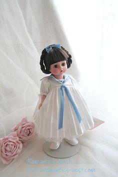 Madame Alexander...Bule Merlot