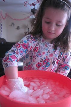 Shortening, rubber gloves, and ice will teach kids how Arctic animals survive in the cold. | 32 Easy And Inexpensive Ways To Keep Kids Entertained This Holiday Season