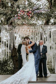 Large Wedding Ceremony Backdrop. Macrame Altar by TheHousePhoenix