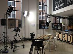 Studio ingericht in Wennekerpand voor opname Sprekend Schiedam.