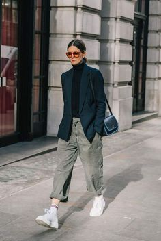 oversized blazer street style fashion fashion week fashionweek fashion womensfashion streetstyle ootd - The world's most private search engine Fashion Week, Look Fashion, Autumn Fashion, Fashion Trends, Fashion 2018, Trendy Fashion, Latest Fashion, 50 Fashion, Fashion Lookbook