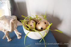 DIY Easter : DIY Polka Dot Easter Eggs in Tea Cups