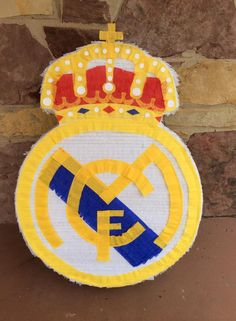 Real Madrid Club de Fútbol pinata! Soccer Birthday, Soccer Party, 11th Birthday, 2nd Birthday Parties, Mickey Mouse Parties, Mickey Mouse Birthday, Toy Story Party, Toy Story Birthday, Real Madrid