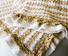 MANTA EN RELIEVE IN SPANISH, crochet pattern
