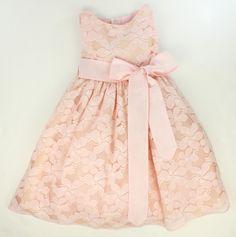vestidos con encaje - Buscar con Google Little Girl Dresses, Girls Dresses, Flower Girl Dresses, Baby Girl Romper, Baby Dress, Baby Girl Fashion, Kids Fashion, Frock Patterns, Frocks And Gowns