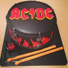 ACDC Cake by Pastelices