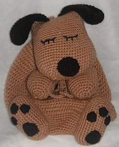 Free Ravelry Download   Isn't this so cute for a little boy starting kindergarten?!  a Dog Nap Sack