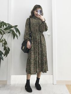 new style clothes Modest Outfits, Modest Fashion, Skirt Fashion, Fashion Dresses, Cute Outfits, Stylish Outfits, Fall Outfits, Mode Ootd, Mode Hijab
