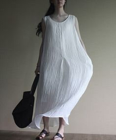 Linen Dress in white – Lily & Co.