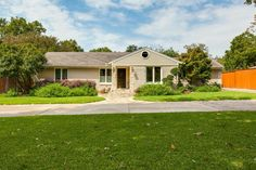 8539 San Benito Way | Forest Hills