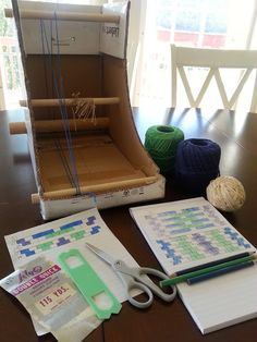 Tutorial: Learn how to warp and weave on your DIY Cardboard Box Inkle Loom.  VIDEO!