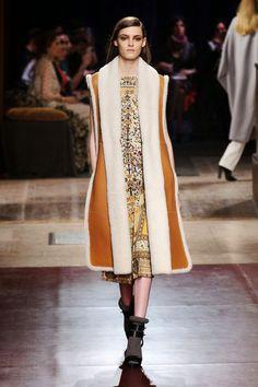 Картинки по запросу Показ Hermès.