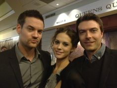 Shane West, Lyndsy Fonseca, and Noah Bean
