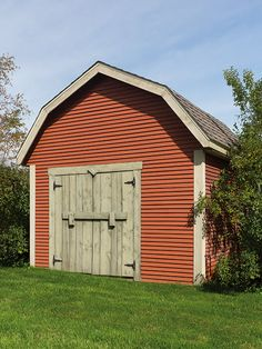 """Cute little shed in """"Farm Red"""" colour! The two-inch moulding is painted in either """"Southampton"""" or """"Maibec Driftwood"""" shades for a trendy design. Ranch, Wood Siding, Red Colour, Building A Shed, Urban Style, Moulding, Southampton, Architecture Details, Driftwood"""