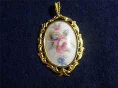 Royal Grafton Pendant Flowers Made England Danbury Mint Pendants of the World