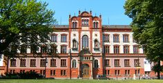 Rostock unter den Top-15 - Uni-Ranking - Die Universität Rostock gehört zu den 15 schönsten Hochschulen der Welt.