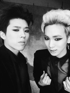 Woohyun 우현 from INFINITE 인피니트 with Key 키 from SHINee 샤이니 as Toheart 투하트 (from S.M. Entertainment)