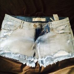 Abercrombie & Fitch Denim Shorts Like new! Abercrombie & Fitch Jeans