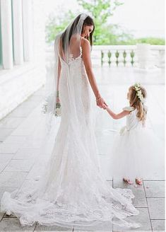 Buy discount Romantic Polka Dot Tulle Spaghetti Strapls Neckline Mermaid Wedding Dresses with Lace Appliques at Dressilyme.com