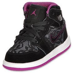 Basketball Classes Near Me Little Girl Shoes, Baby Boy Shoes, Toddler Shoes, Girls Shoes, Baby Jordans, Jordans Girls, Nike Air Jordans, Girls Basketball Shoes, Pro Basketball