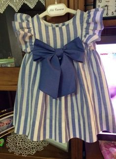 ideas diy kids clothes girls toddlers Related posts: Check out 12 Back to School DIY Clothes You Can Make For Kids Baby Outfits, Baby Girl Dresses Diy, Kids Outfits Girls, Toddler Outfits, Trendy Outfits, Toddler Dress, Girls Dresses, Kids Clothes Patterns, Baby Dress Patterns
