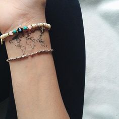 One of the coolest tats I've seen. Perfect for those who like to roam.