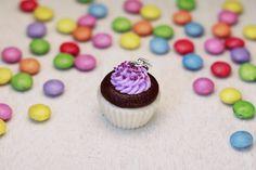 Fimo Kette Cupcake Anhänger Polymer Clay Kawaii Miniature Mini Necklace Schmuck Jewelry Muffin Dessert Candy Glücksbringer lila flieder